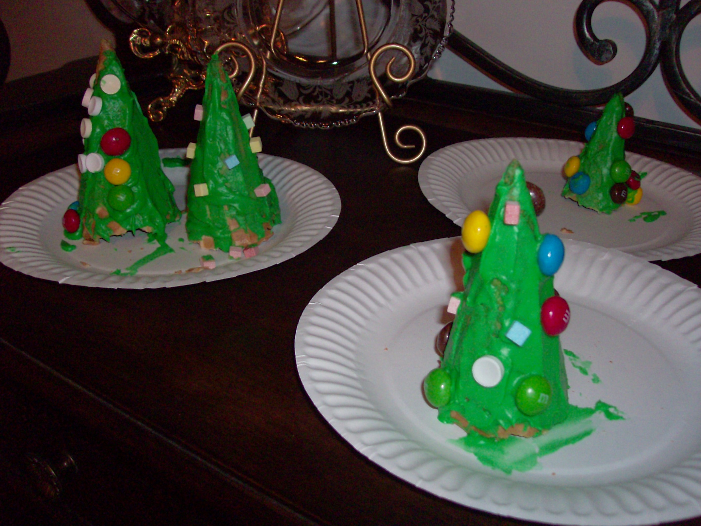 Edible Christmas Tree Cones