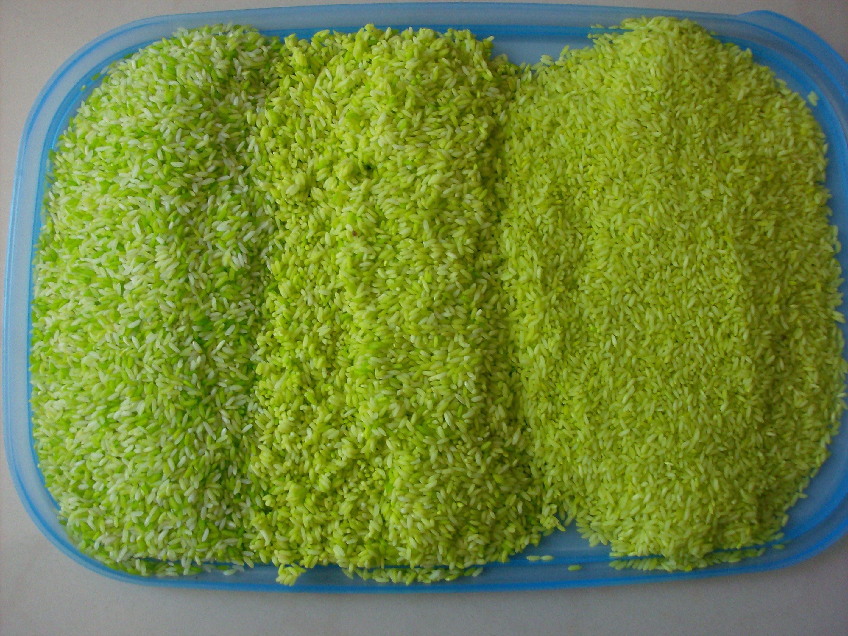 3 Ways to Dye Rice and St. Patrick\'s Day Sensory Box Activity ...