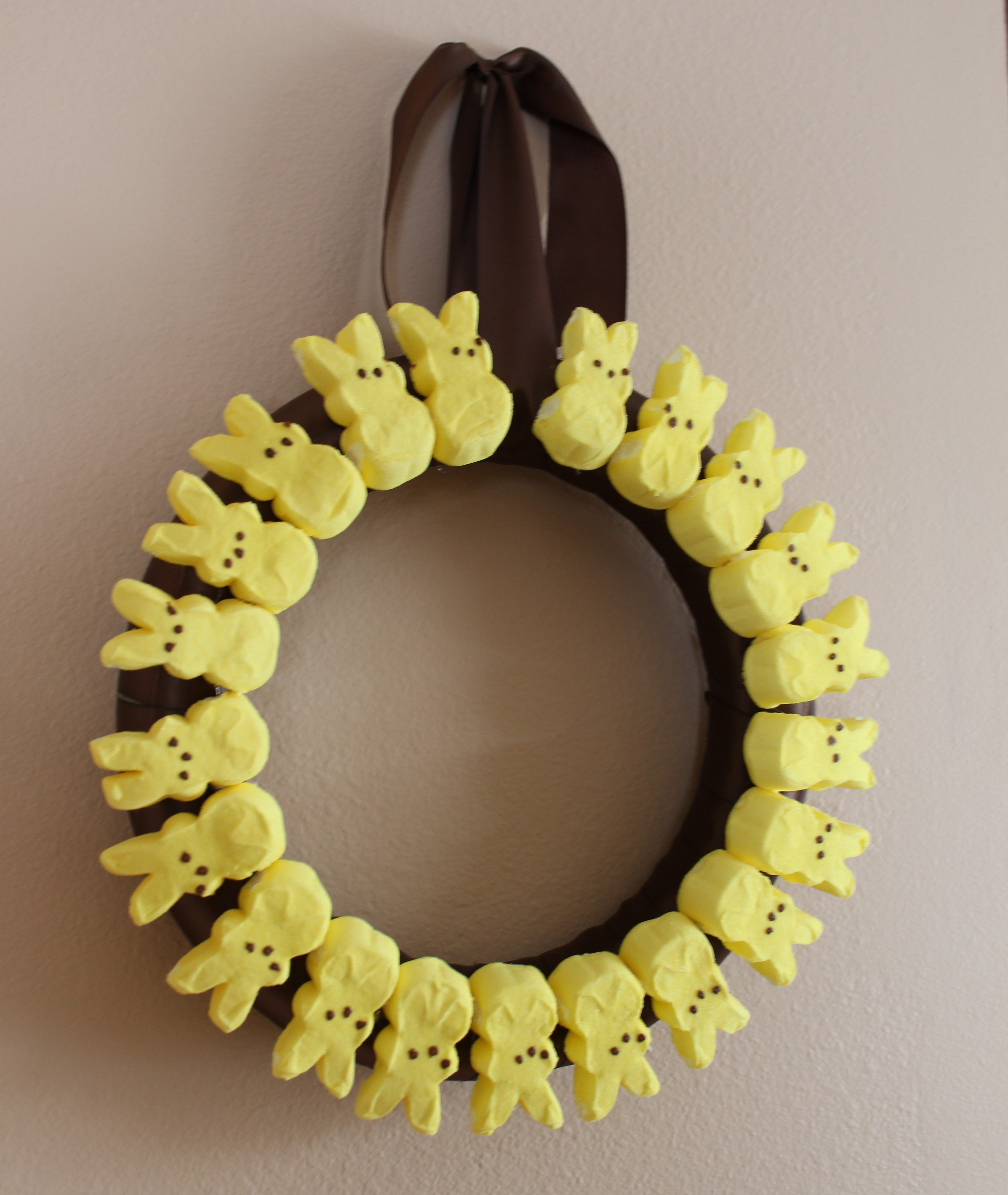 Easter Marshmallow Peeps Wreath