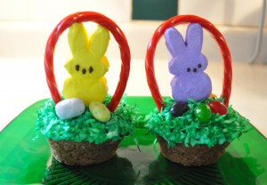Marshmallow Peeps Treat: Easter Bunny Basket Cupcakes