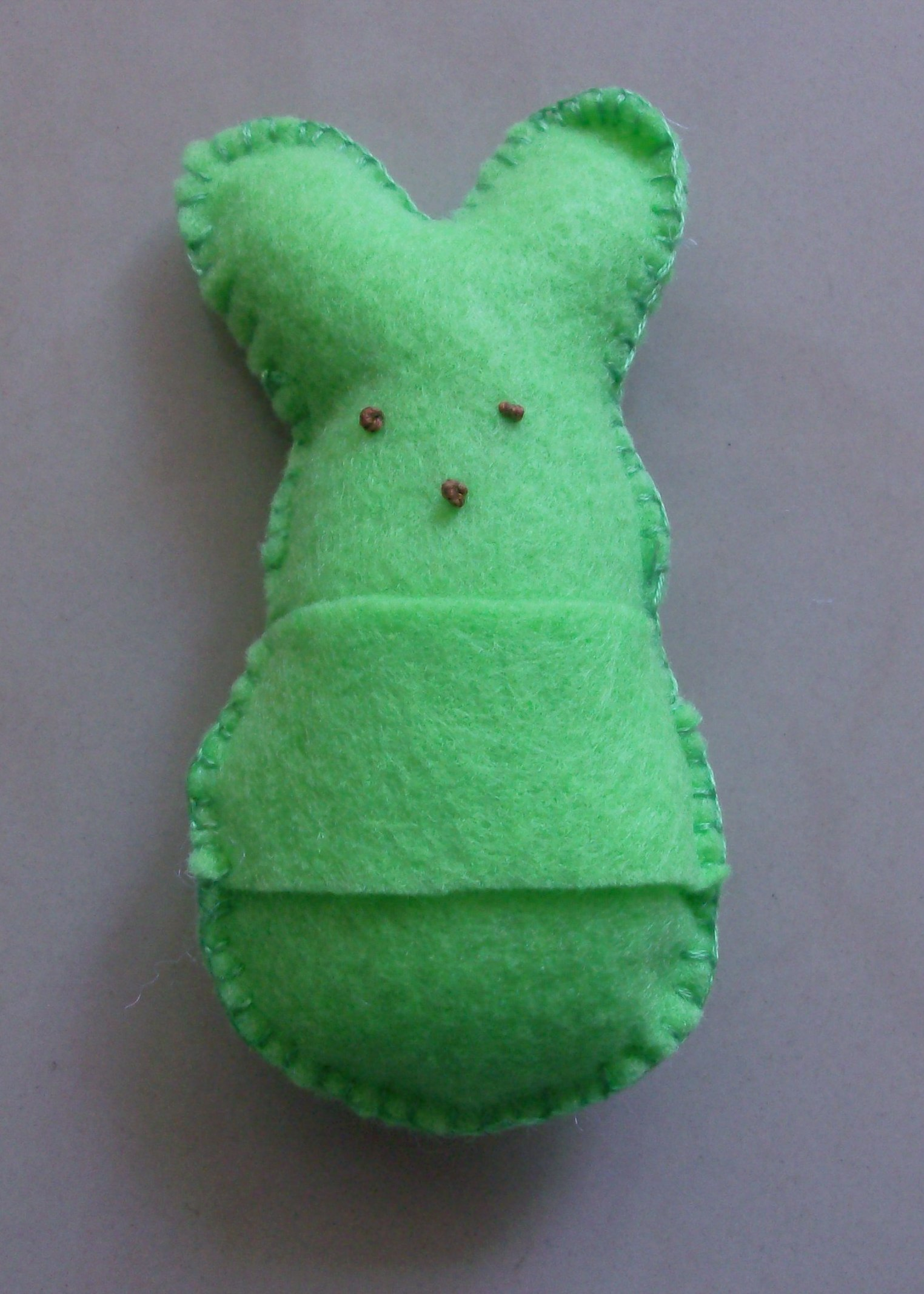 Easter gift idea felt peeps bunnies mommysavers slip negle Gallery