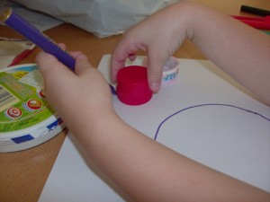 Kids Activity: Tracing Circles