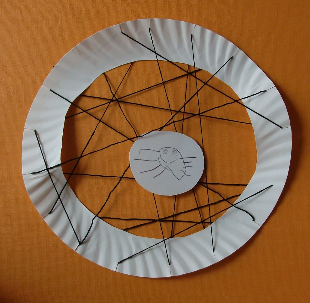 Halloween Kids Craft: Paper Plate Spider Web