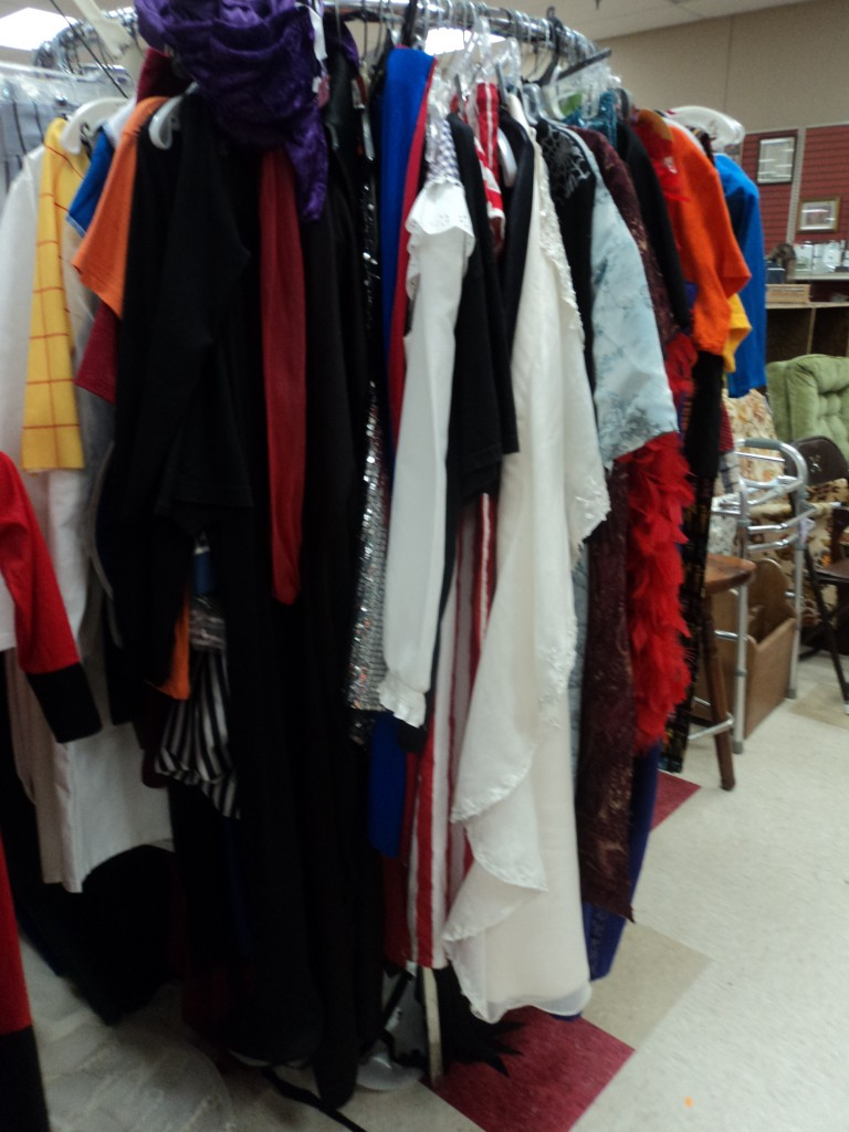 thrift store halloween costumes