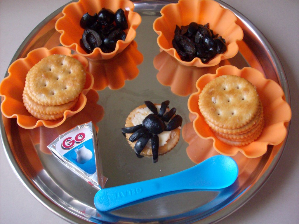 Halloween Muffin Tin Meal: Spider Crackers