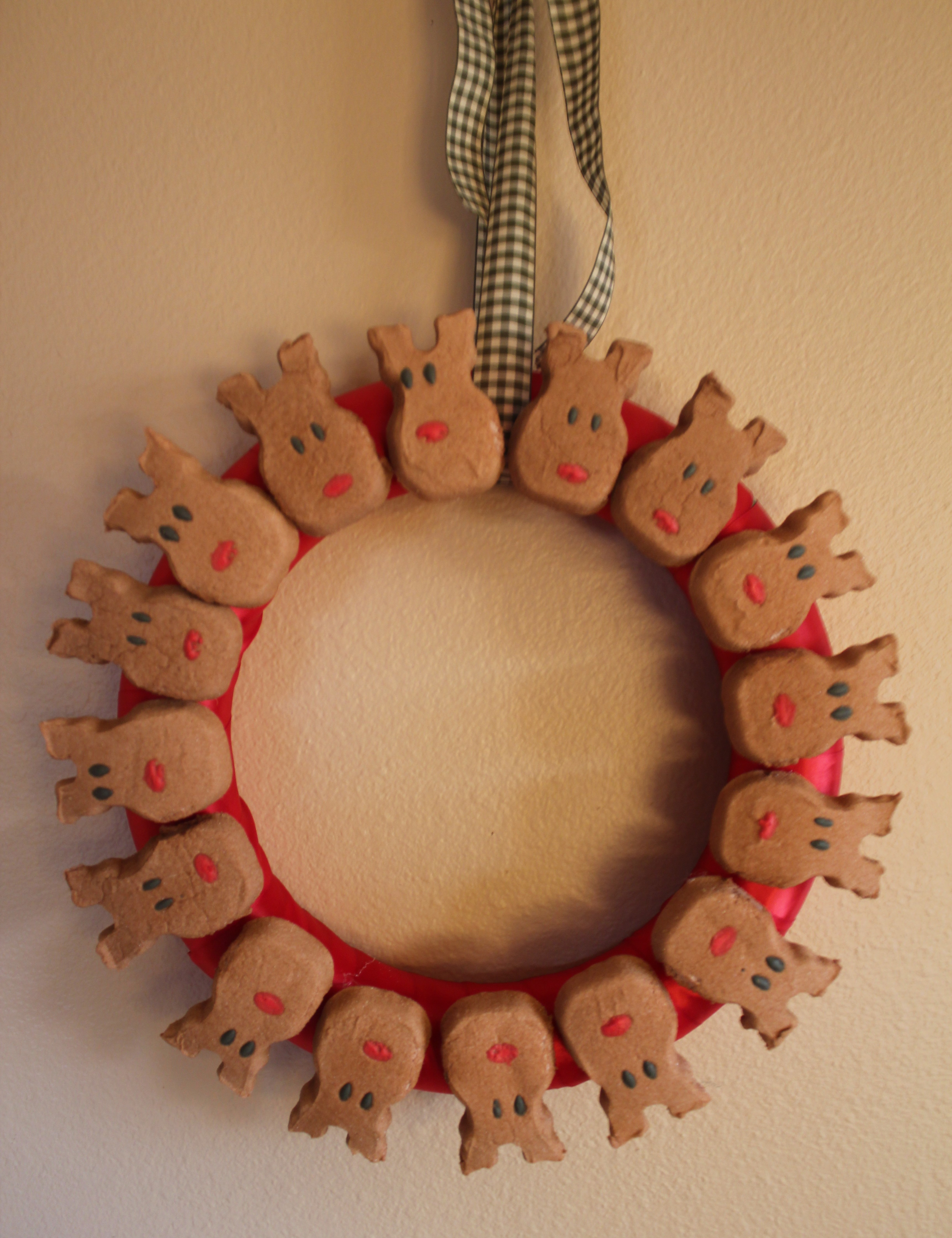 marshmallow peeps holiday wreath reindeer