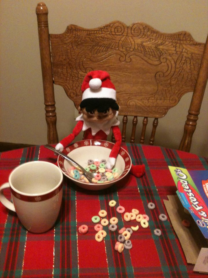 Christmas Traditions: Elf on the Shelf Ideas | Mommysavers