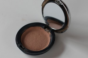 diy how to repair broken cracked makeup