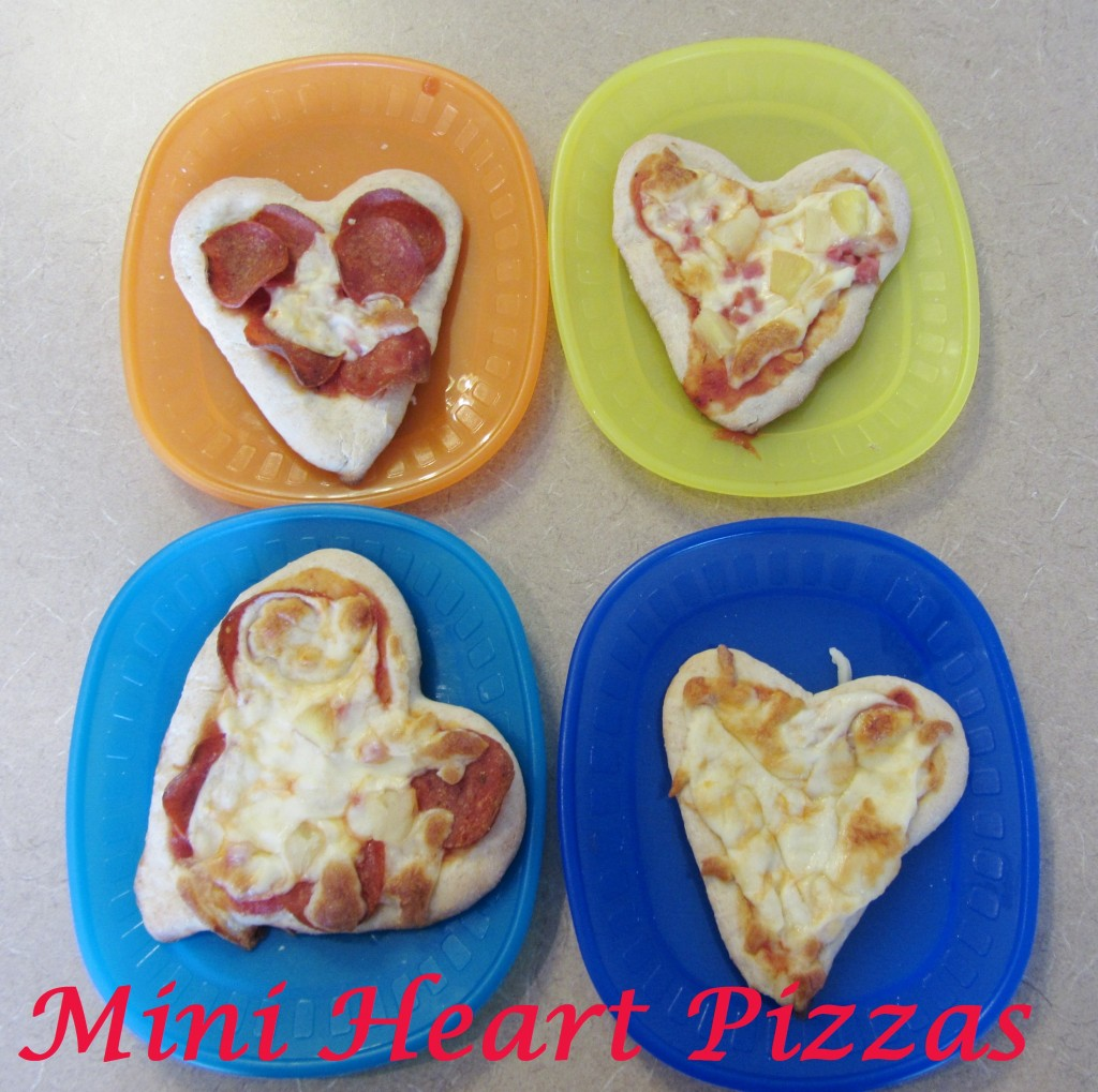 Valentine's Day: Mini Heart Pizzas