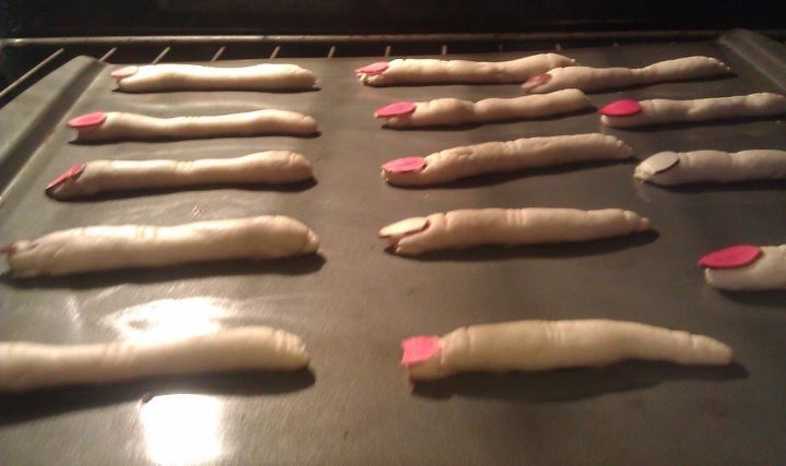 halloween food witch fingers