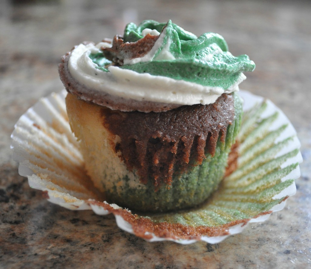 camo cupcakes, redneck
