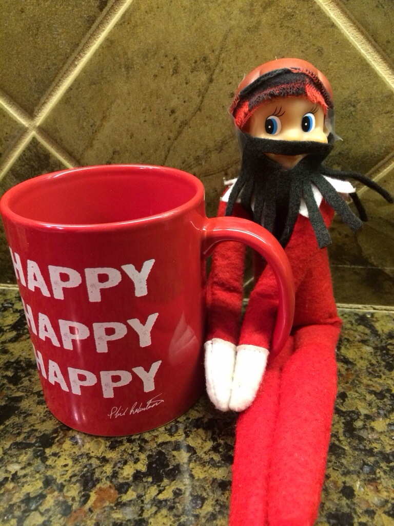 """Elf Dynasty"" - Mommysavers.com #elfontheshelf #elfontheshelfideas"