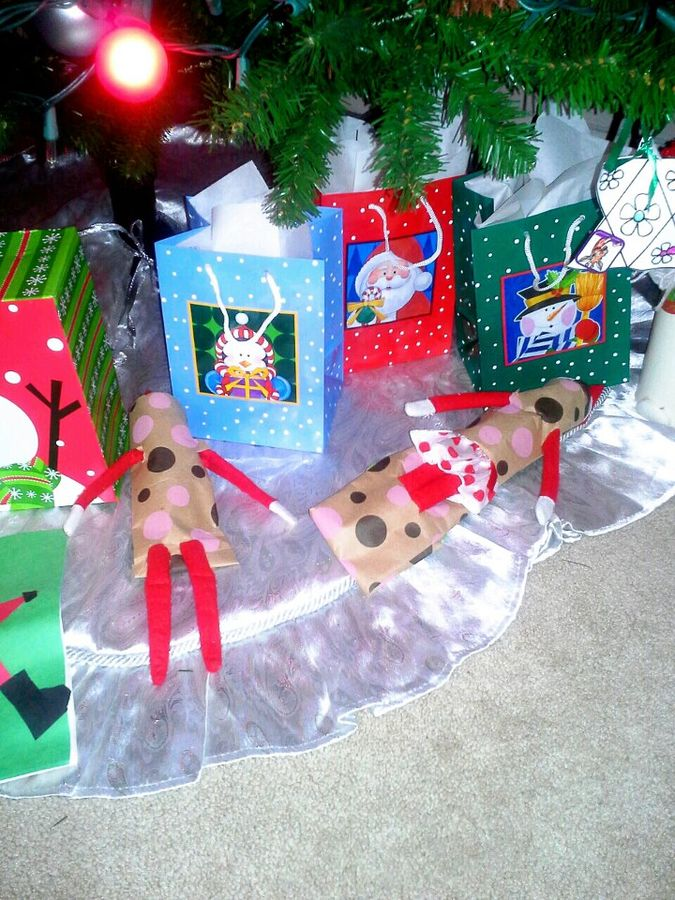 25 Funny Elf on the Shelf Ideas