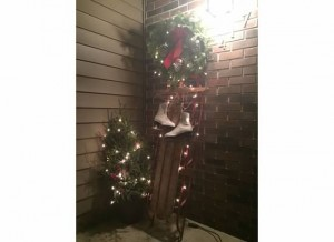 frugal holiday decorations