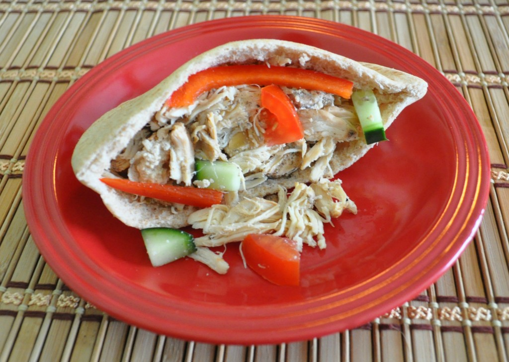 crock pot greek chicken pitas