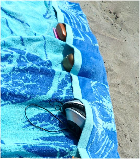 POcket Beach Towel - Beach Tips